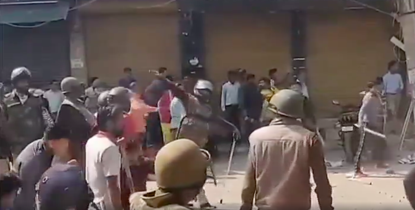 Videos Emerge Of Police Joining Mobs In Attacking Muslims